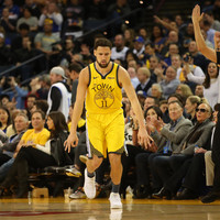 Thompson returns in style as Warriors blitz Nuggets