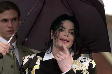 Michael Jackson attending a charity event in 2002.