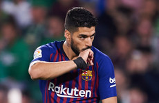 Barcelona confident Suarez will be back for Man United despite ankle injury
