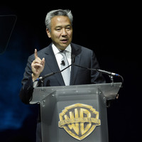Warner Bros' chief steps down over alleged sexual relationship with actress