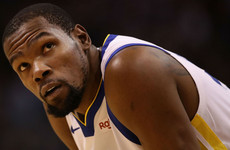 Durant leads Warriors to victory after friend's death