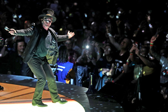 U2 top list of millionaire Irish entertainers, with estimated worth of €662m