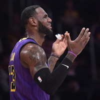 LeBron labels own performance as 's****y' after Lakers eliminated from playoff contention
