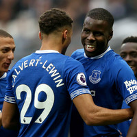Seamus Coleman nabs an assist to help Everton sink disjointed West Ham