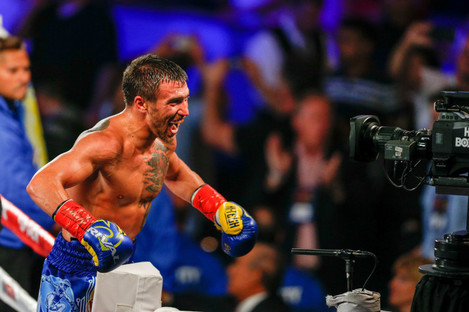 Promoter Bob Arum wanted Vasyl Lomachenko to fight in a world-title unification, but injury and the powers that be determined otherwise.
