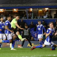 Stevens strikes in Sheffield United draw, Norwich pegged back late on and 10-man Aston Villa triumph