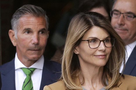 US actress Lori Loughlin with husband Mossimo Giannulli