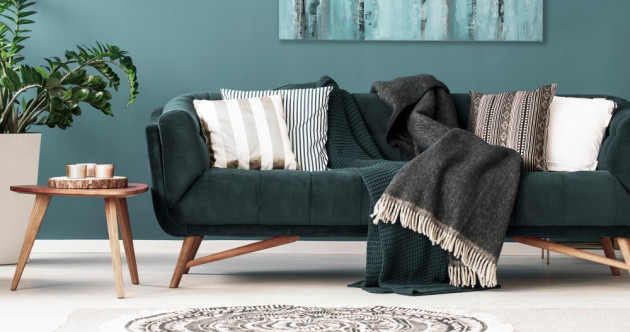 6 sofas that interior designers love to recommend - with a price tag of under €500