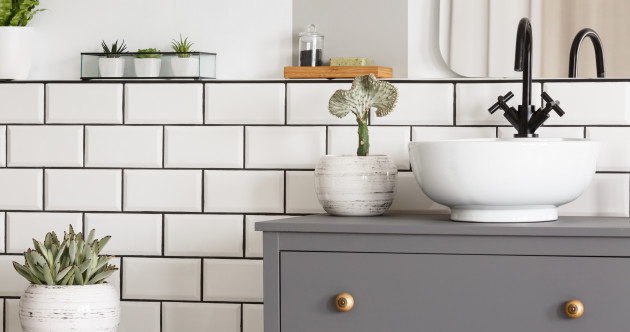 Love your loo again: 6 design tips to make a small bathroom feel spacious