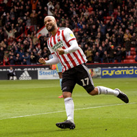 Ireland duo McGoldrick and Stevens run riot as Sheffield United edge closer towards Premier League promotion