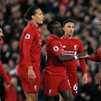 Gone in 15 seconds as five-star Liverpool regain top spot