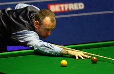 Williams resumes Crucible title defence after hospital checks on chest pain
