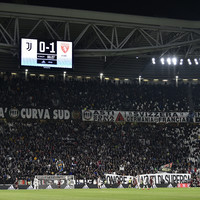 Juventus fan to be banned after 'aeroplane' taunt
