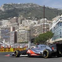 Button fastest in rain-hit Monaco practice