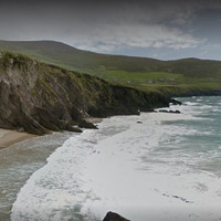Three students rescued after being trapped by tide at base of cliff in west Kerry