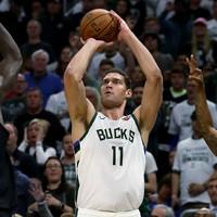 Advantage Bucks as Lopez-inspired Milwaukee rally past Raptors in opener