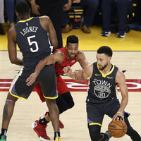 Steph Curry inspirational as Warriors take 2-0 series lead over Trail Blazers