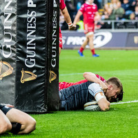 Three-try Ospreys beat Scarlets to take final Champions Cup spot
