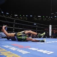 Wilder retains heavyweight title with ferocious first-round KO of Breazeale