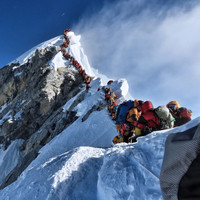 British climber dies on Mount Everest amid overcrowding concerns on world's highest peak