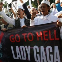 Lady Gaga abandons Indonesian gigs after security threat from Islamic group