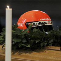 Thousands turn out to say goodbye to F1 legend Niki Lauda in Vienna ceremony