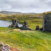 'Not many people know about the ruined castle': A lifelong traveller and foodie shares his favourite Irish places