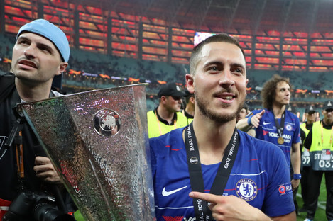 Hazard scored twice as Chelsea won the Europa League against Arsenal.