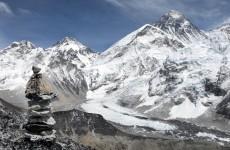 Runners complete gruelling Everest marathon
