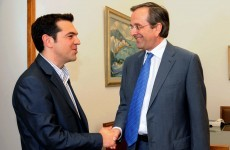 Pro-bailout party retains narrow lead in Greek opinion polls