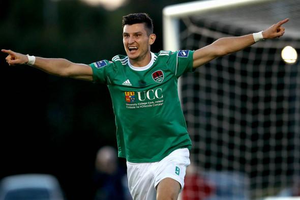 Cork City considering transfer of Graham Cummins to League of Ireland rivals
