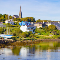 How to do Clifden like a pro: Free parking, glass-bottomed boats and the locals' favourite pub