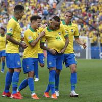 Goalkeeper error helps Brazil trounce Peru to reach Copa America last eight