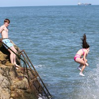 Bathing bans lifted at Seapoint, Forty Foot and Dollymount in wake of wastewater overflow