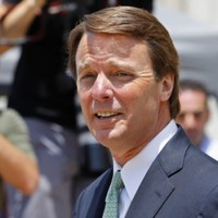 Former US presidential candidate John Edwards found not guilty on one count of campaign fraud