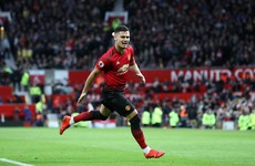 Brazilian midfielder Pereira handed long-term Man United contract