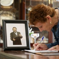 Book of condolence opened in Dublin's Mansion House for Brendan Grace