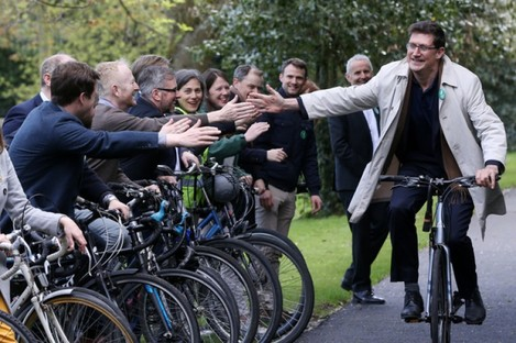 Green Party Eamon Ryan local election candidates on bicycles.