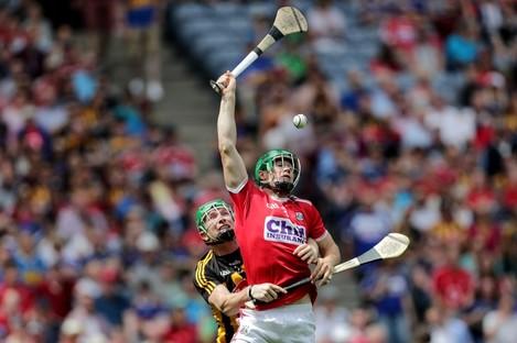 Cork's Seamus Harnedy in action against Kilkenny's Paul Murphy.