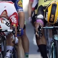 Aussie rookie Ewan wins Tour bunch sprint in Toulouse
