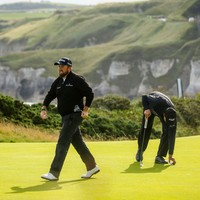 Opening 67 gives Shane Lowry early clubhouse lead at Portrush
