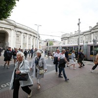 Poll: Should College Green be pedestrianised?