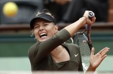 Sharapova struggles through to quarters at Roland Garros