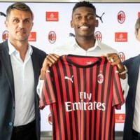 Milan announce deal to sign €35m Portuguese forward