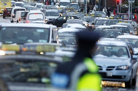 Gridlock traffic on Dublin's Amien street which has high pollution levels.