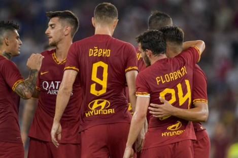 Roma celebrate against Real Madrid.