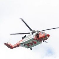 10 people airlifted to hospital after getting into difficulty swimming off Donegal coast