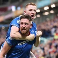 Linfield stun Qarabag to take slender lead into Europa League second leg