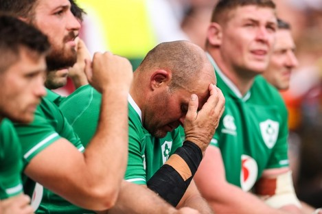 Rory Best and the Ireland bench dejected.