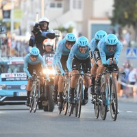 'Superman' leads Astana to opening Vuelta stage win